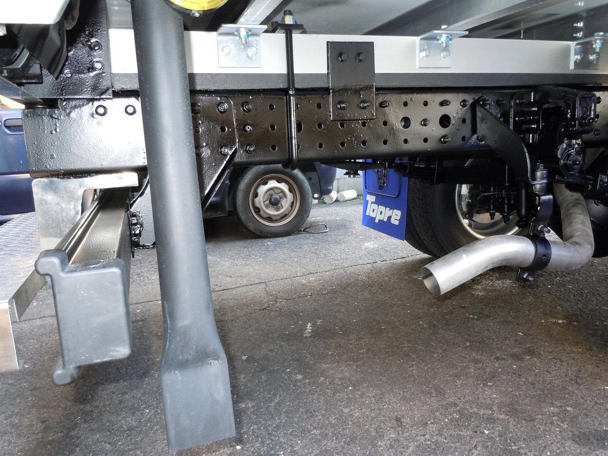 トラックのサビ止め施工4-3